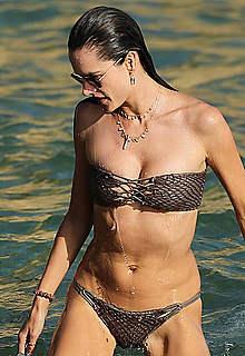 Alessandra Ambrosio sexy in bikini in Ibiza
