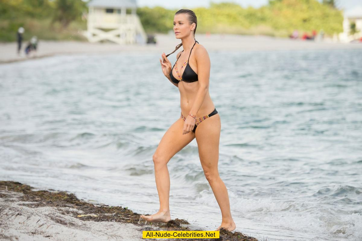 Joanna Krupa In Black Bikini On A Beach